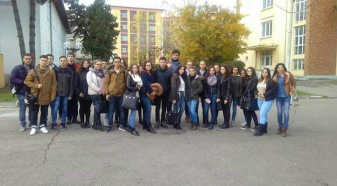 Vizita la Academia Navala
